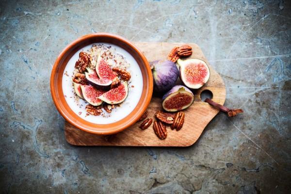 Gröt med fikon och pecannötter