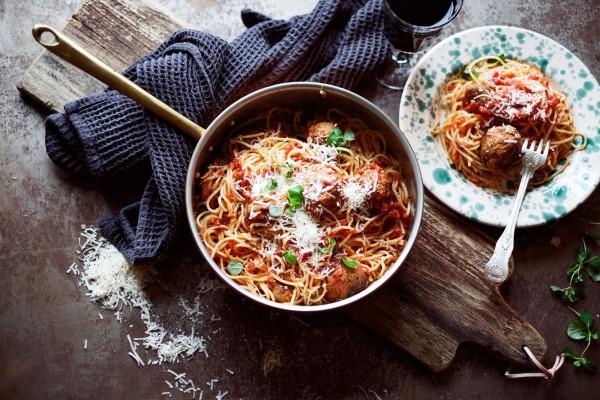 Spaghetti och italienska köttbullar